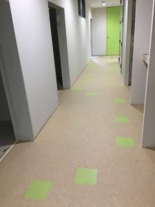 3階廊下①_small1280